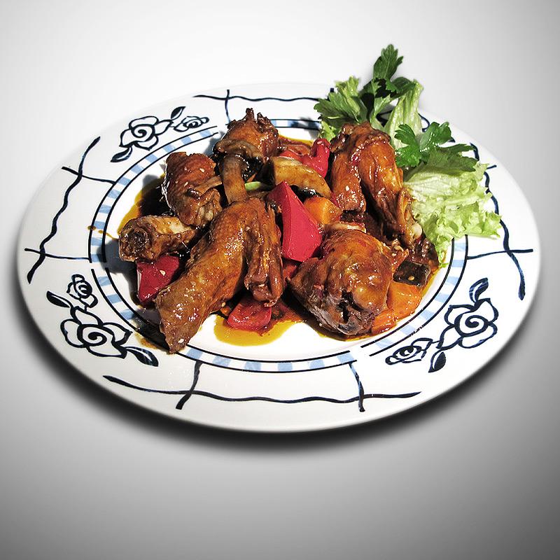 Mancare chinezeasca Ciocanele de pui in sos iute