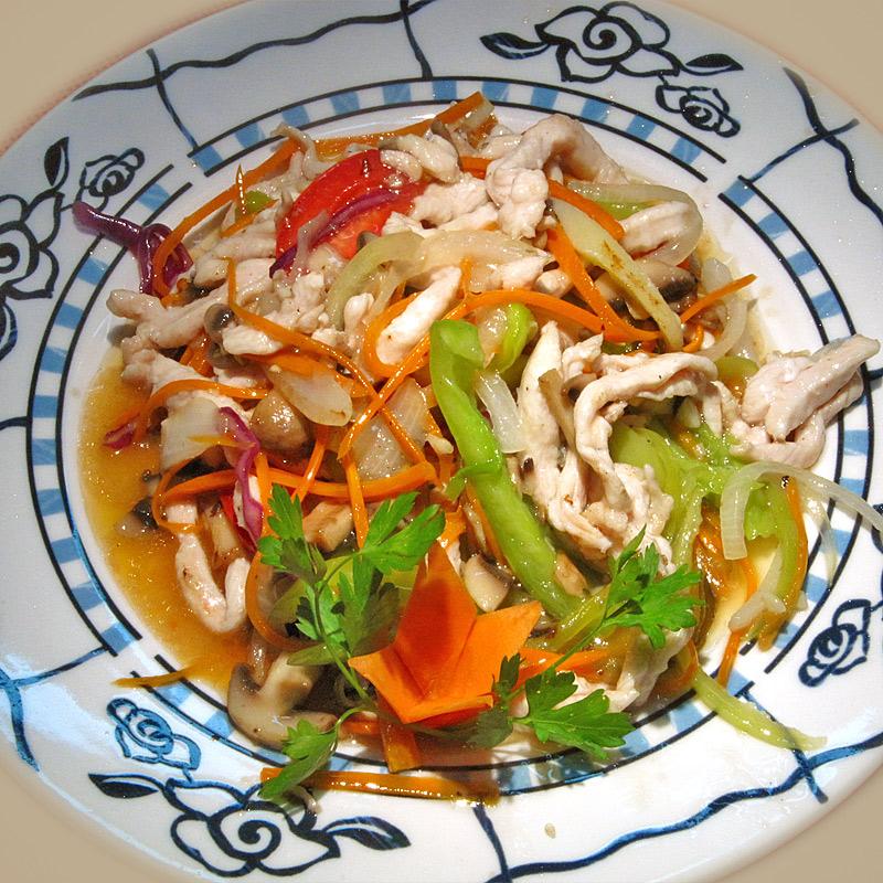 Mancare chinezeasca Pui in 5 culori