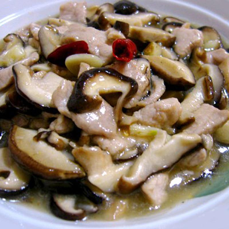 Mancare chinezeasca Porc cu ciuperci aromate