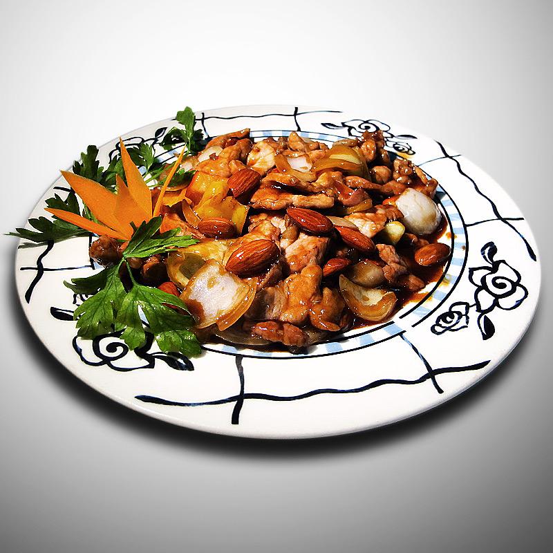Mancare chinezeasca Porc cu migdale