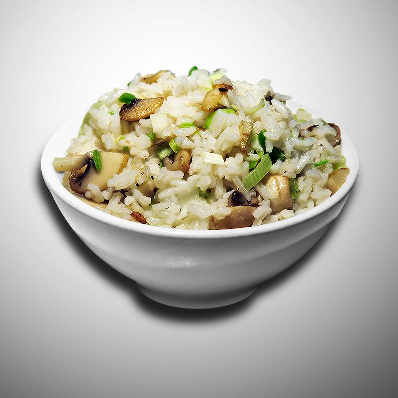 Mancare chinezeasca Orez cu ciuperci