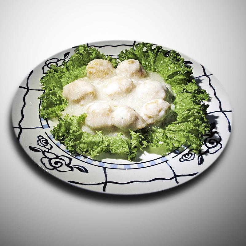 Mancare chinezeasca Minge de pui cu sos alb