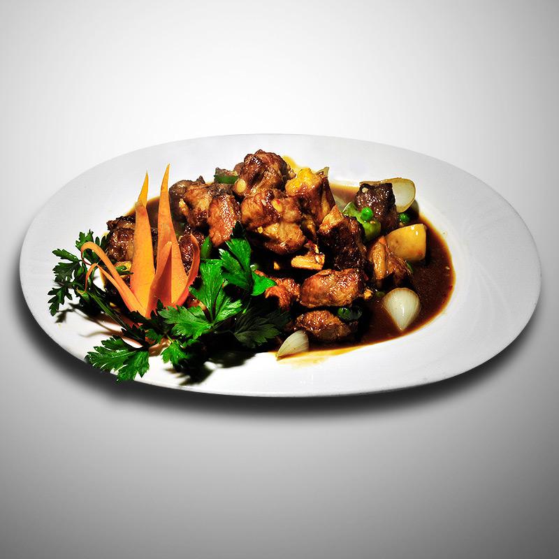 Mancare chinezeasca Coaste de porc in sos chinezesc