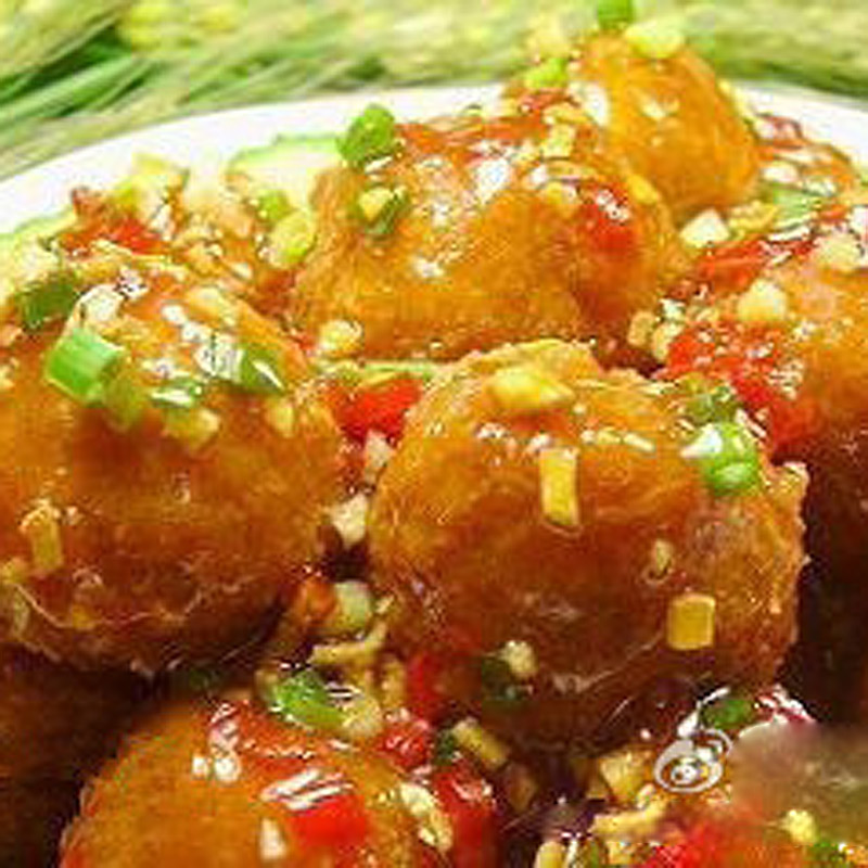 Mancare chinezeasca Minge de porc cu aroma de peste