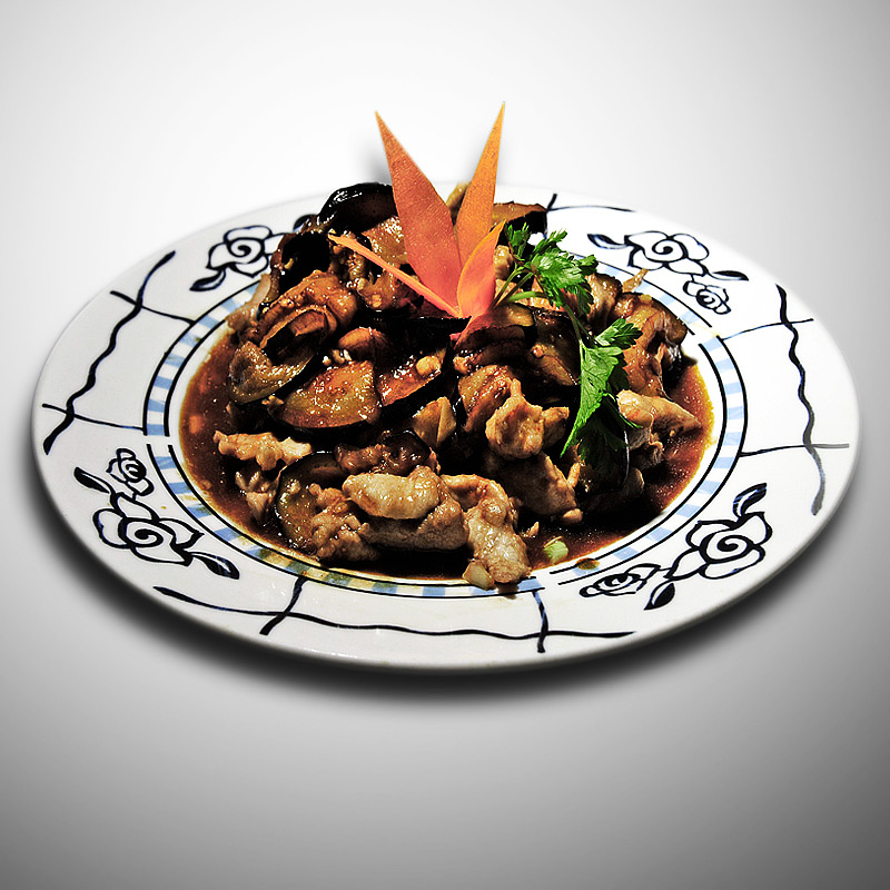Mancare chinezeasca Porc felii cu vinete