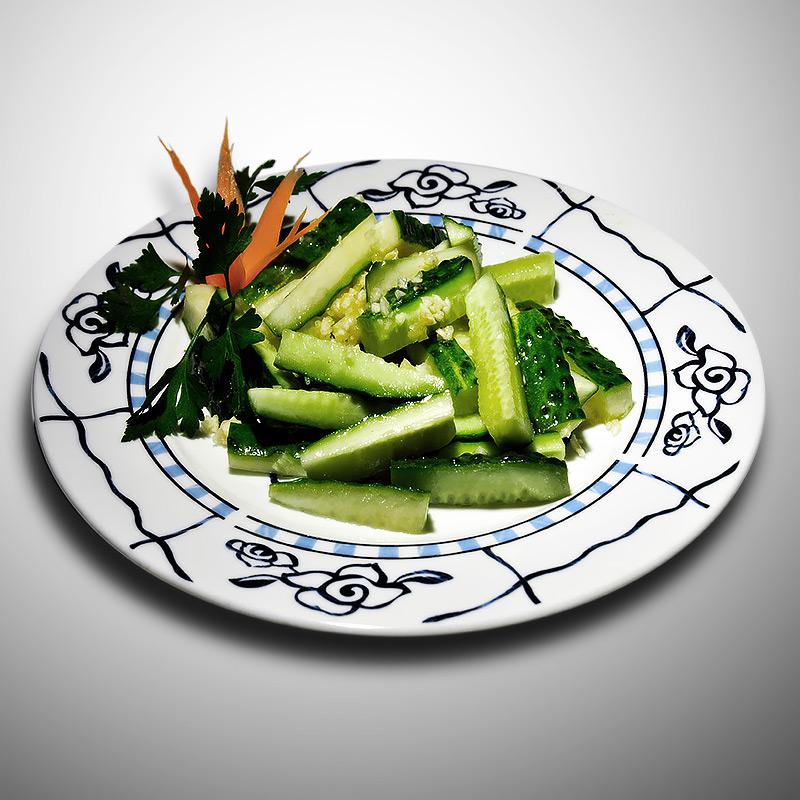 Mancare chinezeasca Castraveti cu usturoi
