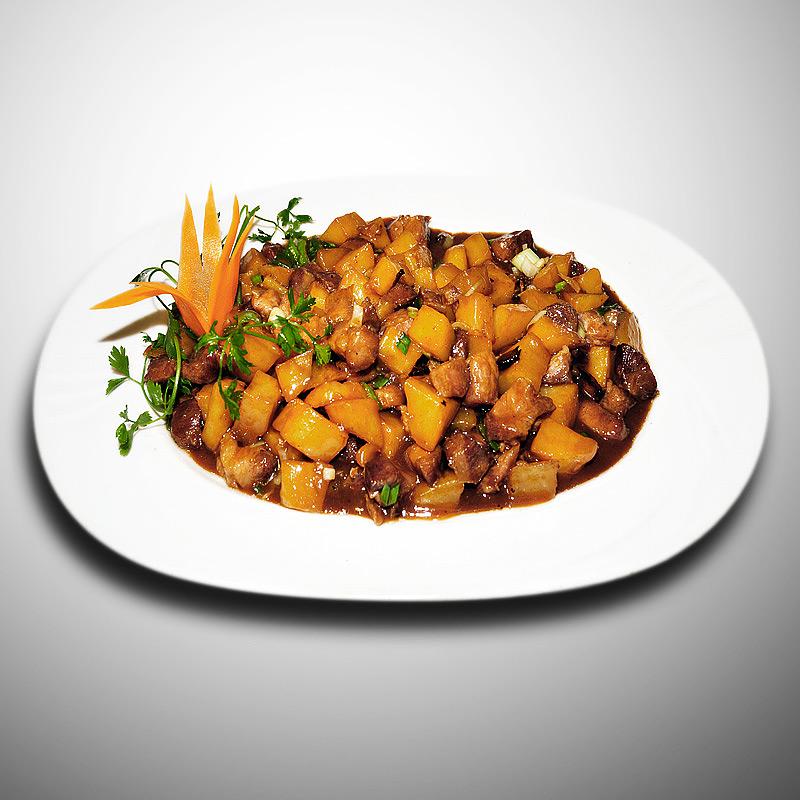 Mancare chinezeasca Porc cu cartofi